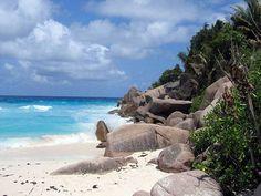 #Seychellen La Digue, Strand Petite Anse. #Urlaub #Reise