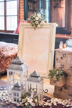 Rustic Style Sign-in Table Decoration | Wedding at Carondelet House Los Angeles | Event Planning, Styling & Design: Manna Sun Events | www.mannasunevents.com | Photo: Sally Pinera Photography
