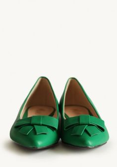 Iris Bow Flats In Green | Modern Vintage Shoes