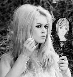 Bardot!!! Cult Favourites: Embryolisse Lait-Crème Concentrè & Clarins Beauty Flash Balm