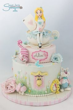 Beautiful Cake Pictures: Pretty Pastel Alice in Wonderland Cake - Birthday Cake, Colorful Cakes, Themed Cakes - Alice In Wonderland Birthday, Alice In Wonderland Tea Party, Mad Hatter Cake, Character Cakes, Disney Cakes, Girl Cakes, Cute Cakes, Cake Creations, Novelty Cakes