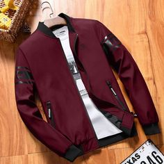 Highlight your style with the new Glory & Co. Elegance Bomber for Men. Bomber jacket made of polyester in standard thickness, regular sleeve, mandarin collar and casual style. Your perfect smart jacket for this autumn and winter. Smart Jackets, Jackets For Men, Casual Outfits, Men Casual, Casual Styles, Casual Clothes, Men's Outfits, Jean Outfits, Revival Clothing