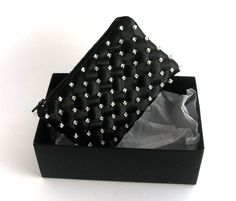 Bellina Creations: Crystal Encrusted Black Clutch Giveaway http://bellinacreations.blogspot.com/2012/12/crystal-encrusted-black-clutch-giveaway.html#