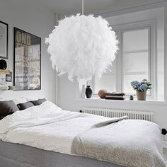 Compra Modern Luxury White Feather Ball Ceiling Chandelier Pendant Light Shade Floor Lamp Decor Droplight for Living Room Bedroom en Wish- Comprar es divertido Ceiling Lamp Shades, Ceiling Chandelier, Chandelier Pendant Lights, Pendant Lamp, Ceiling Pendant, Glass Ceiling, Shell Pendant, Decoration Hall, Lampe Decoration