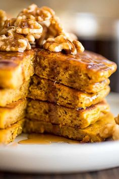 These super fluffy Pumpkin Pancakes for Two are SO GOOD and one of my favorite easy fall breakfasts. Pumpkin Waffles, Pumpkin Bread, Pumpkin Spice, Fall Breakfast, Breakfast Recipes, Brunch Recipes, Pancakes For Two, Breakfast Pancakes, Waffle Recipes