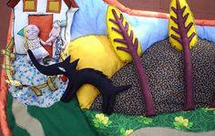 créé (détail) daprès Roulé le loup de Gay-Para et Micou, Ed. Didier Jeunesse Expo, Pretend Play, Kids Toys, Baby Car Seats, Activities For Kids, Toddler Bed, Arts And Crafts, 1, Felt