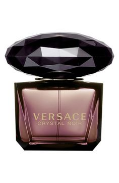 Crystal Noir (Eau de Toilette) is a perfume by Versace for women and was released in The scent is sweet-floral. Perfume Good Girl, Perfume Parfum, Perfume Hermes, Perfume Zara, Best Perfume, Fragrance Parfum, Perfume Collection, Beauty Products, Vintage Perfume Bottles