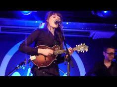 ▶ Larkin Poe - Bleeding Heart (Jimi Hendrix cover) - Glasgow, Celtic Connections 2012 - YouTube