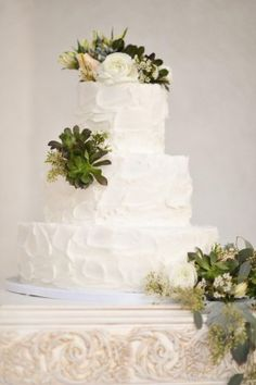 Wedding Cake with Succulents | photography by http://rebekahwestover.com/