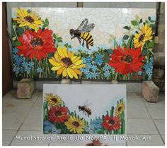 Flowers and bee mosaic by Fernanda Jaton.o sergey karlov Mosaic Flower Pots, Mosaic Pots, Mosaic Garden, Mosaic Glass, Stained Glass, Mosaic Tile Art, Mosaic Crafts, Mosaic Projects, Mosaics