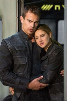 Tobias Eaton (Theo James) and Tris Prior (Shailene Woodley) in Divergent - The train scene.