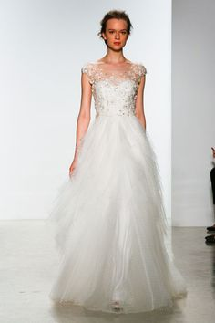 12+Wedding+Gowns+That+Are+Even+More+Gorgeous+From+the+Back  - Cosmopolitan.com