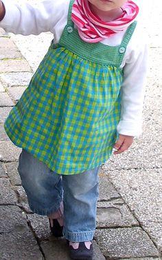 Süßes Tunika Kleid für die Kleinen - Kostenlses Schnittmuster im Link.