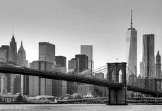 Fotomural New York 150, imagen en blanco y negro del puente de Brooklyn de Nueva York.