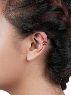 Spiral ear cuff.