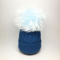 55.00$  Watch here - http://vijqu.justgood.pw/vig/item.php?t=wssvz9k46501 - Large Genuine Raccoon Fur Pompom knitted Braided Beanie Resolute Blue with Dream 55.00$