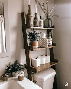 Bathroom Ladder Shelf, Decorating Bathroom Shelves, Ladder Shelf Decor, Wooden Bathroom Shelves, Cosy Bathroom, Bathroom Shelves Over Toilet, Small Toilet Decor, Toilet Room Decor, Toilet Decoration
