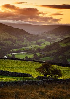 Green Valley, Yorkshire Dales, England