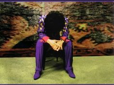 Prince sits down with Arsenio for a rare televised interview. The two discuss his favorite song, why Prince doesn't own a cell phone, the double edged sword . Prince And Mayte, My Prince, Prince Org, Top 10 Albums, The Artist Prince, Prince Purple Rain, Roger Nelson, Prince Rogers Nelson, Purple Reign