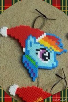 Mlp chirstmas ornament zoomed in