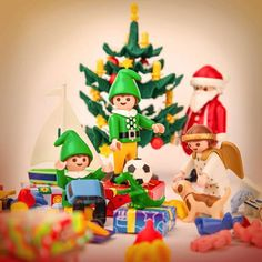 Playmobil will cut the cost of some of its most popular toys at the start of December. But move fast: the lower-prices – which offer savings of up to – will run from just 6 to 9 December. Merry Christmas, Xmas, Christmas Ornaments, Christmas Ideas, Playmobil Sets, Popular Toys, Legoland, Time Of The Year, Wonderful Time