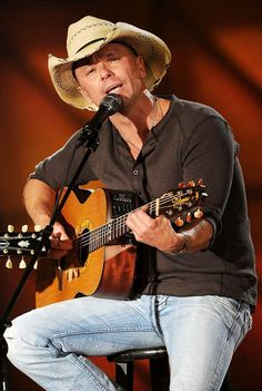 Kenny Chesney ~ this is where he is singing just for me.  See how he is looking into my eyes!