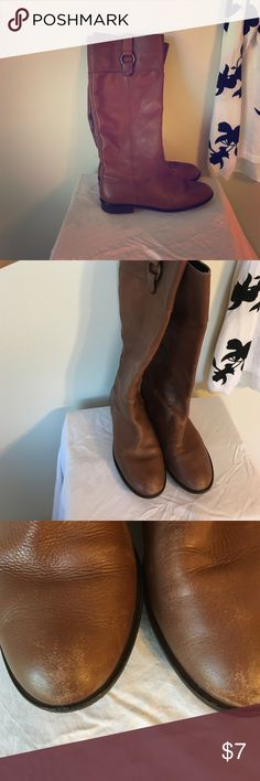 Bought them from another posher but too small Gently used riding boots, but are too small for me so hoping to find them a new home. Camel colored riding boots that have little scuffs and marks worn on toes and back of heels otherwise great condition! Perfect pair of boots for those raining days when you want to wear a cozy pair of cute boots and don't want to ruin a good pair! Size is 6 medium Banana Republic Shoes Ankle Boots & Booties