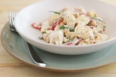 In less than 30 minutes, you can prepare and serve this Mediterranean-inspired pasta recipe. Chicken, vegetables and chickpeas come together in a tasty creamy Feta sauce. Farfalle Recipes, Pasta Recipes, Pasta With Green Beans, Chicken Chickpea, Gourmet Recipes, Healthy Recipes, Tomato Basil Pasta, Cooking Contest, Sauce Crémeuse