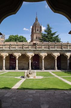 Patio de la Universidad de Salamanca, Escuelas Menores, Spain