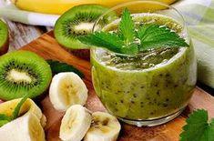 Zumo Kiwi Thermomix con plátano. Esta es una de las recetas de verano con Thermomix que son perfectas para que los niños merienden, frescas, rápidas de hacer y sobre todo muy sanas. Natural Supplements, Cocktails, Drinks, Sin Gluten, Camembert Cheese, Cantaloupe, Food And Drink, Healthy Recipes, Cooking