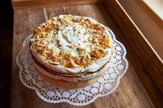 Tiramisu, Camembert Cheese, Ethnic Recipes, Desserts, Food, Mascarpone, Tailgate Desserts, Deserts, Essen