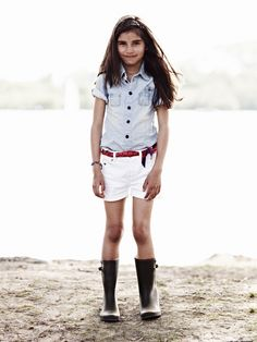 kids fashion, girls fashion, jean shirt, shorts, white, belt, boots
