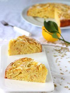 Torta di limoni frullati mandorle e finocchietto   Una torta #senzaburro profumata e deliziosa. E facilissima da preparare!