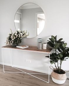 Top Diy Ideas: Warm Minimalist Home Office Spaces rustic minimalist home bathroom sinks.Minimalist Home Entrance Entryway minimalist interior style floors.Simple Minimalist Home Gray. Interior Design Minimalist, Home Interior Design, Minimalist Furniture, Modern Minimalist, Minimalist Decor, Minimalist Apartment, Interior Ideas, Interior Inspiration, Tuesday Inspiration