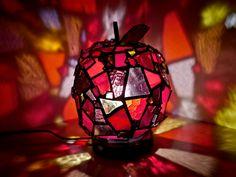 りんごランプ #stainedglass #art #mie #stained #ステンドグラス