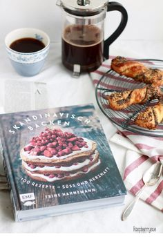 "Book review ""Scandinavian baking"" // Rezension ""Skandinavisch backen"""