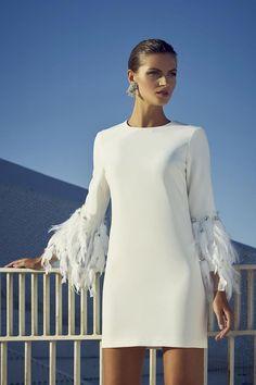kleider sale Lace White Ivory Gown Dresses For Wedding 2019 Bride Pl Women's Dresses, Bridal Dresses, Evening Dresses, Short Dresses, Fashion Dresses, Outfits Dress, Party Dresses, White Fashion, Look Fashion