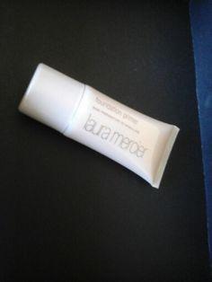 3800 likes . Giveaway check it blogclaudiamaral.blogspot.co.uk #blogger #bbloggers #beauty #skincare #makeup #primer #lauramercier #passatempo #sorteio #3800likes @lauramercier