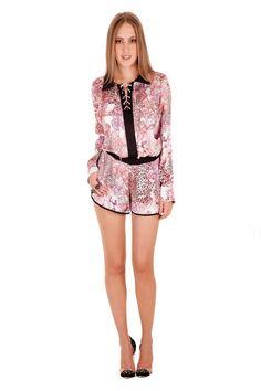 02492 - Camisa   05557 Shorts