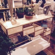 Onyx and gold leaf console | #hpmkt #hpmktfall2014 #console