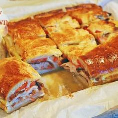 Kentucky Hot Brown Bake @keyingredient #cheese #bacon #tomatoes