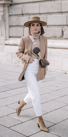 Jeans Outfit Winter, Winter Outfits, Work Fashion, Fashion Outfits, Fashion Pics, White Jeans, Chic, Casual, Pants