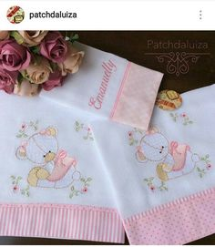 Baby Sheets, Baby Bedding Sets, Baby Burp Cloths, Cloth Diapers, Baby Embroidery, Embroidery Stitches, Embroidered Bedding, Free Machine Embroidery Designs, Baby Crafts