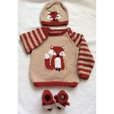 Knitting Pattern for Fox Cub Sweater Set - Matching baby pullover, hat, and booties with fox motif. Hat and sweater are available in sizes from newborn to 24 months, and the booties are in sizes newborn up to 12 months. Designed by Hennie. Baby Sweater Knitting Pattern, Arm Knitting, Knitting For Kids, Baby Knitting Patterns, Knitting Projects, Knit Baby Sweaters, Crochet Patterns, Mobiles En Crochet, Crochet Mobile
