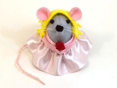 Sleeping Beauty Mouse ornament felt princess by TheHouseOfMouse, €35.00