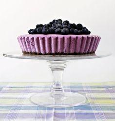 Cheesecake cu coacaze negre - www.Foodstory.ro