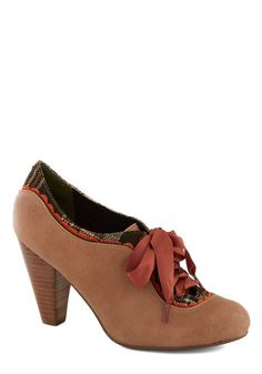 1940s Womens Shoes- Cute oxford heels
