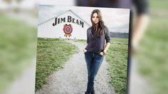 Mila Kunis ist das neue Gesicht von Jim Beam - HOTELIER TV zeigt die neue internationale Werbekampagne: http://www.hoteliertv.net/zulieferindustrie/mila-kunis-ist-das-neue-gesicht-von-jim-beam/