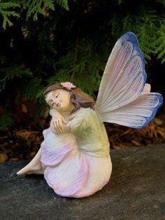 Sitting Miniature Fairy Village Ornament Figurine Resin New Daydreaming Fantasy