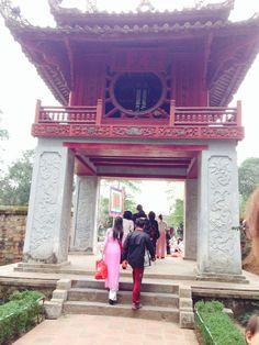 Hanoy, vietnam. Girls are very cute and sexy.